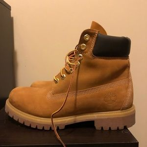 Timberland Shoes - Timberland 6 inch Boot
